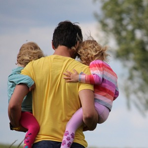How can a parent apply to move away with children after separation or divorce? 1